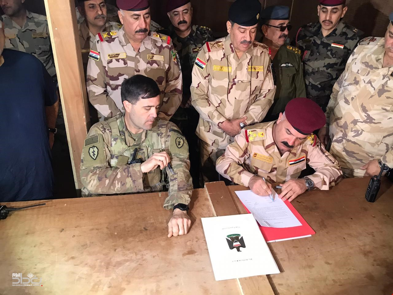 Iraqi security forces receive Al-Qaim base after the withdrawal of the international coalition forces from them