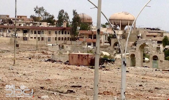 Lethal equation - 300 gunmen control the fate of 100 thousand civilians in Mosul with the old streets of fierce war